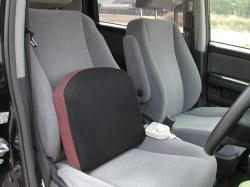 クッション使用方法車の運転席
